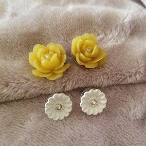 """""""Flower Power"""" earring bundle"""