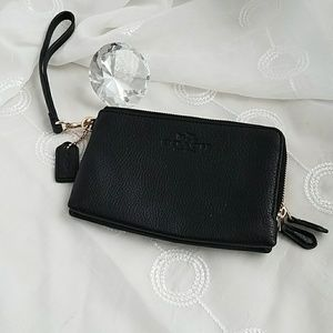 Coach || F54056 Double Zip Clutch