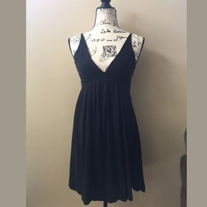 The limited black dress size XS