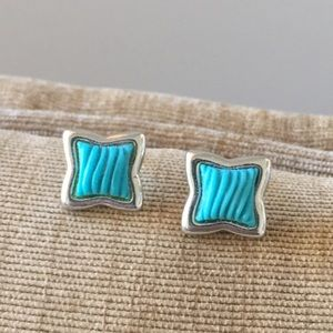 Jewelry - Blue wave earrings 🌊