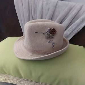 Anthropologie fedora hat
