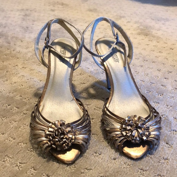 Seychelles Shoes - Metallic Seychelles heeled sandal