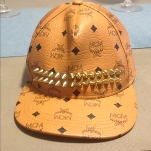 Mcm hat