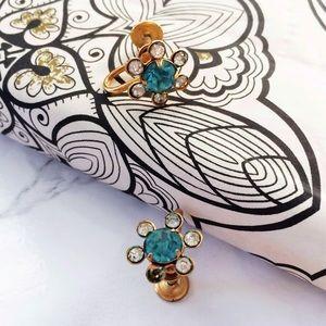 Vintage Dainty Rhinstons Daisy Flower Earrings