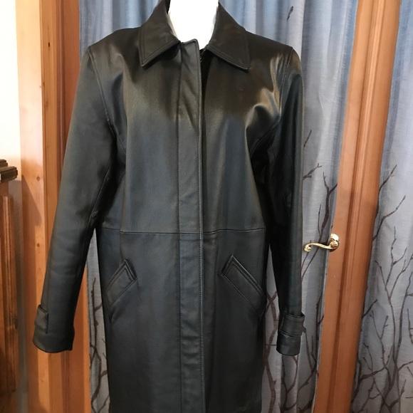 Jacqueline Ferrar Jackets & Blazers - Jacqueline Ferrar M genuine leather black jacket