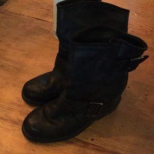 Aldo wedge boot