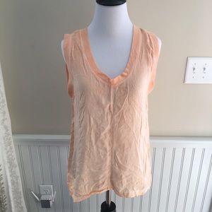 Cloth & Stone Rayon v-Neck peach faded top M