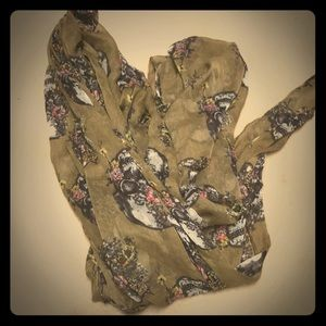 Other - Skull scarf