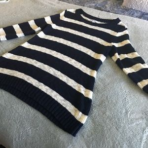 ❤️Old Navy Blue & Cream stripe sweater Large ❤️