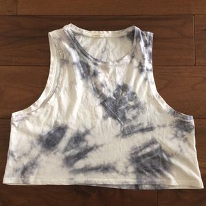 White and blue/gray tie dye crop top