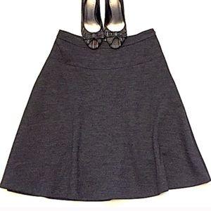 ❣️BOGO 1/2 off❣️🆕 LOFT A line wool gray skirt 4