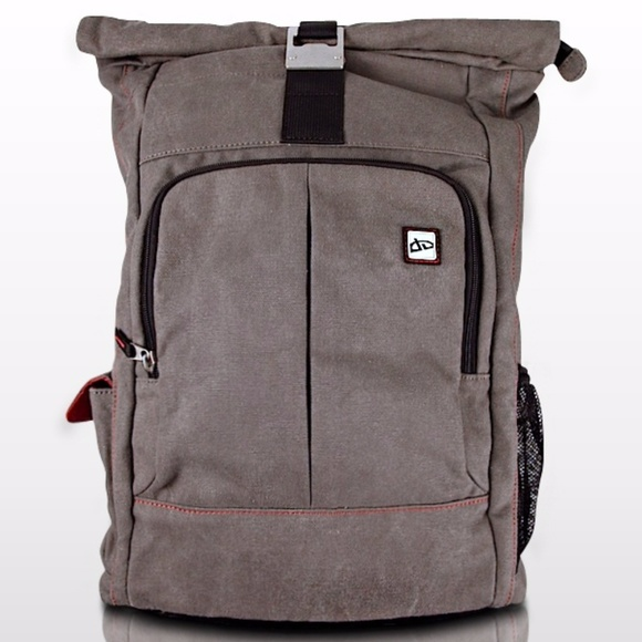 795a43c7ff747 Devianart Other - DeviantART Pro Nomad Backpack
