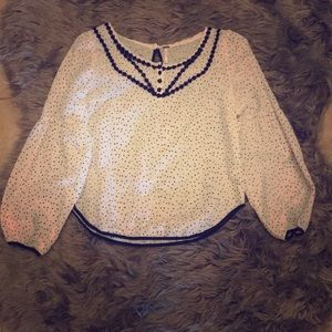 Adorable Free People Top w/ Bell Sleeves