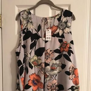 NY Collection tank brand new