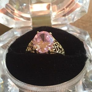 Jewelry - 10K Gold Ring with Pink Center Stone