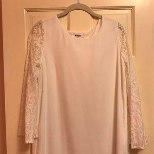 BB Dakota lace bell sleeve dress