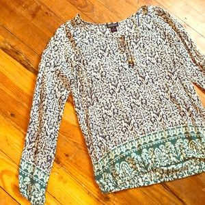 Long sleeve Lucky Brand top