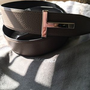 968aab77cb9 Tom Ford Accessories - TOM FORD T-Buckle Reversible Leather Belt Size 38