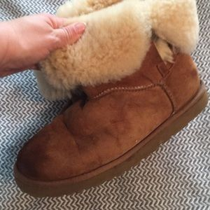 UGG Boots Size 9 -Super comfy