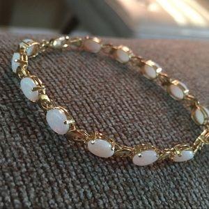 Jewelry - Vintage 14K Gold Opal Bracelet