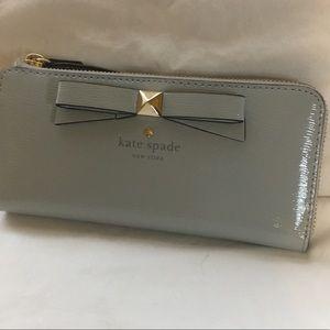 NWT Kate Spade Zipper Wallet