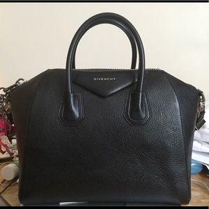 Authentic Givenchy Antigona Size Medium