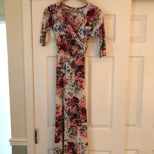 Pink Blush Maxi dress (size medium)