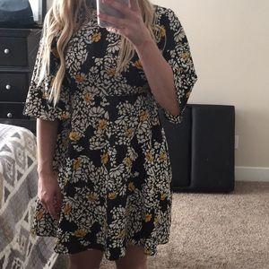 Zara Kimono Sleeve Dress XS