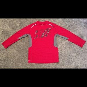 Boys Nike Dri-Fit long sleeve shirt size small