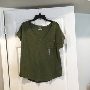 loose fitting t-shirt