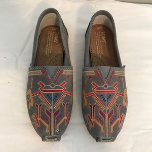 Toms embroidered shoes