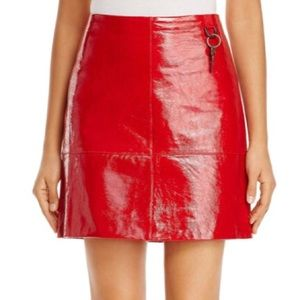 Brand new NWT KENNETH COLE patent mini skirt XS