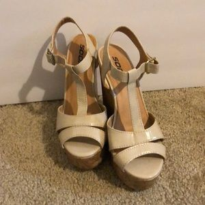 Soda brand nude wedges size 7.5