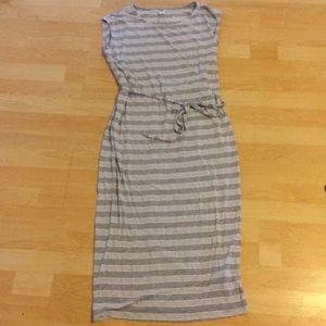 🌷 Striped T-Shirt Maxi Dress