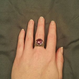 Jewelry - Silver amethyst ring