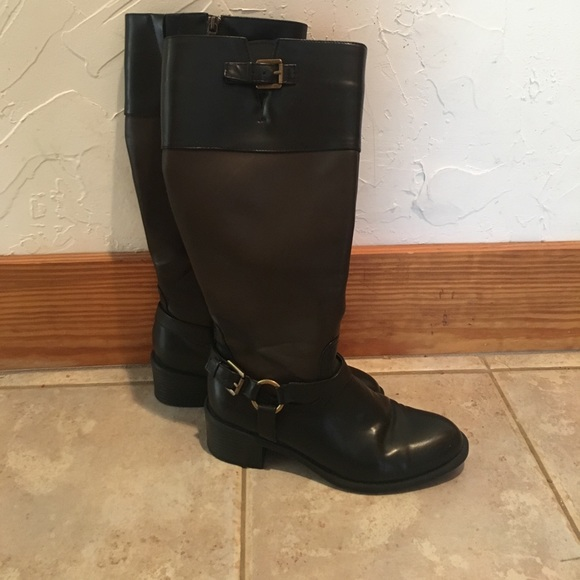 Chaps Shoes - Perfect condition black and brown Chaps Boots 892af6b70
