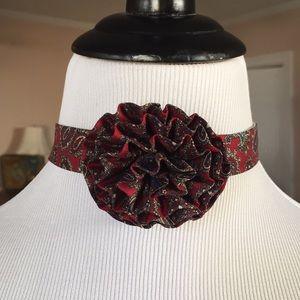Vtg choker tie/scarf