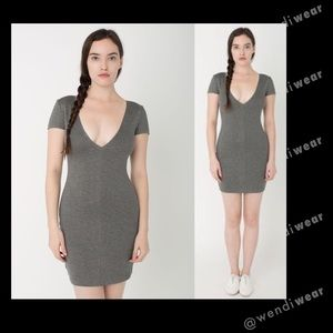 💋 American Apparel gray ponte v-neck dress💋