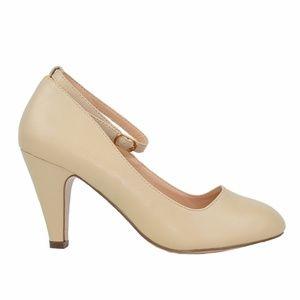 Women's Nude Vintage Ankle Strap Pump Shoes