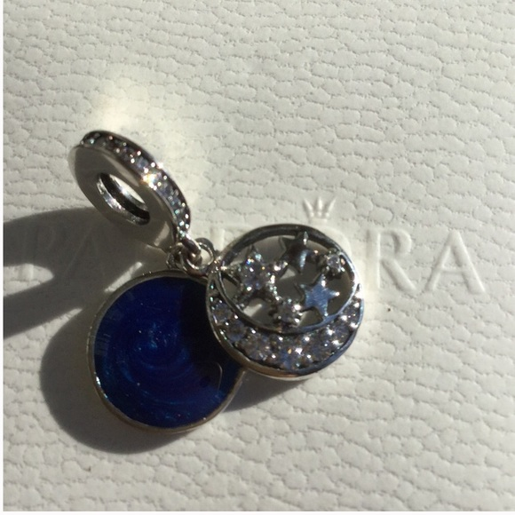 746e1064b 'I love you to the moon and back ' pandora charm. M_5a186f163c6f9f36f8078dc9