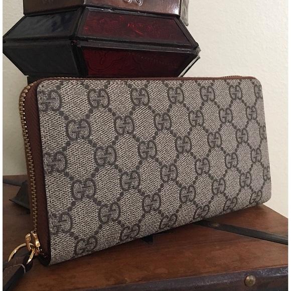 19d13a0038e Gucci Handbags - GUCCI GG SUPREME CANVAS ZIP AROUND WALLET