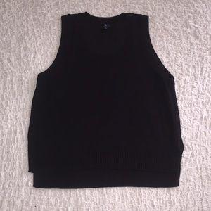 GAP Women's Black Tank-top Sweater