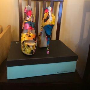 N.Y.L.A  Platform heels