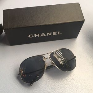 Vintage Chanel aviator sunglasses - 2007
