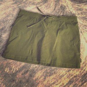 Prana Green Skort w/ Pockets