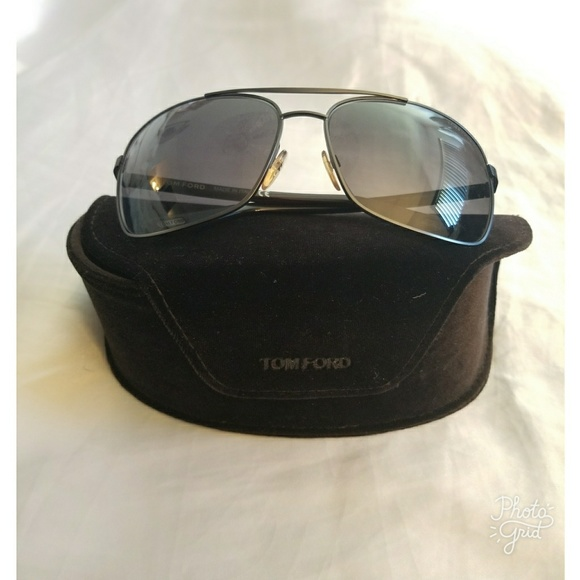 7b10b2e1255 Tom Ford John Sunglasses. M 5a1876b0522b45138107a267