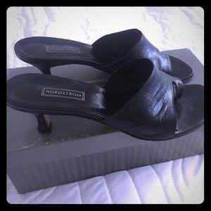 Nordstrom Slip on 2.5 inch heel size 8