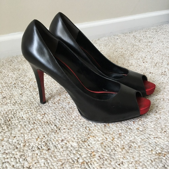 a424f5c7800 Nine West Black Pumps with Red Soles. M 5a187cdbbcd4a7565f07d097