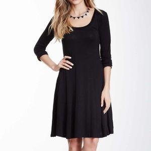 24/7 Comfort Apparel black long sleeve dress