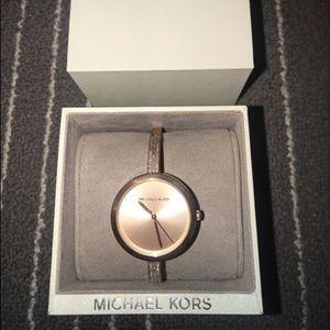 MK bracelet watch